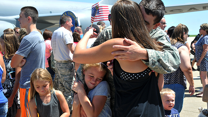 Families welcome home Airmen from Qatar deployment